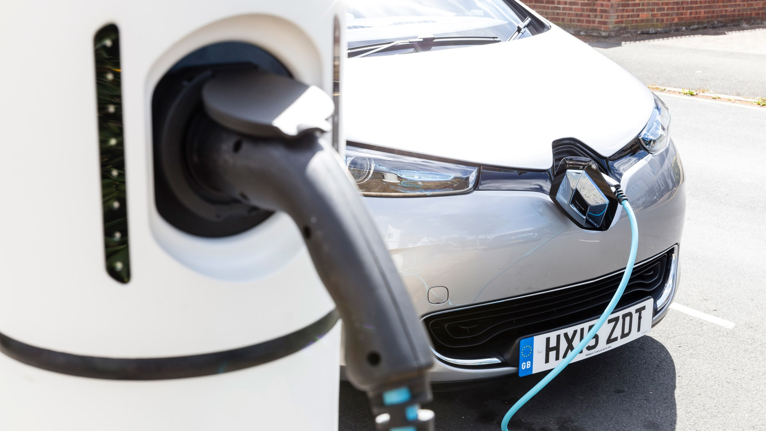 Front end charging in electric vehicle